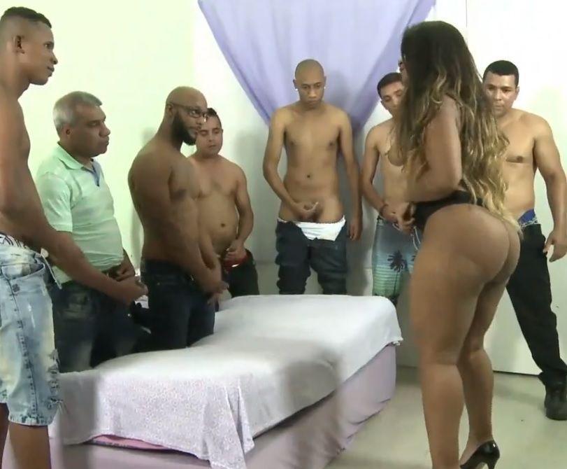 Suruba com Carol Lisboa Morena Cavala NEGRASTUBE