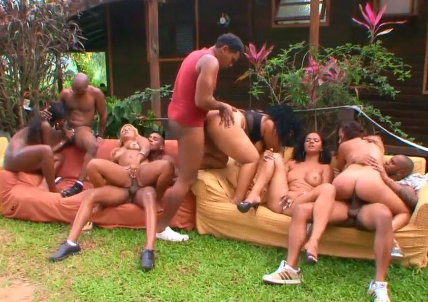 Suruba com mulatas brasileiras NEGRAS TUBE
