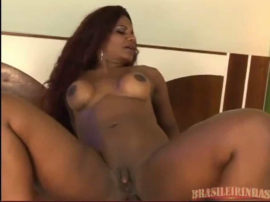 Sheila Brown sexo anal negra gostosa