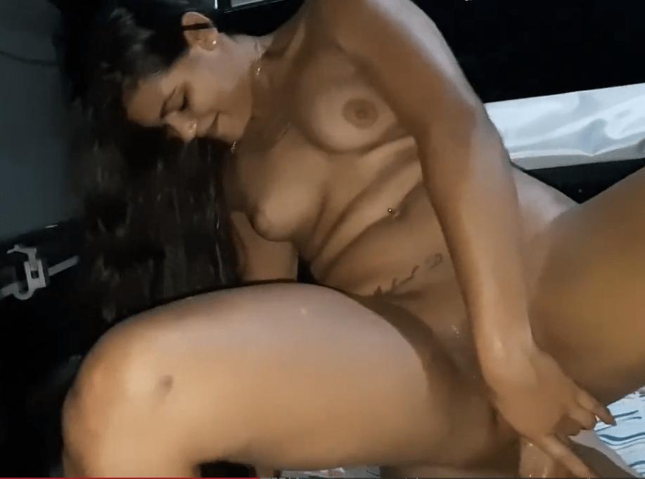 Ester tigresa Vip anal com novinho NEGRAS TUBE